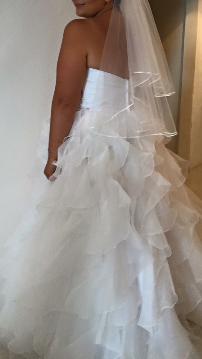 Brides of Melbourne, Ball Gown