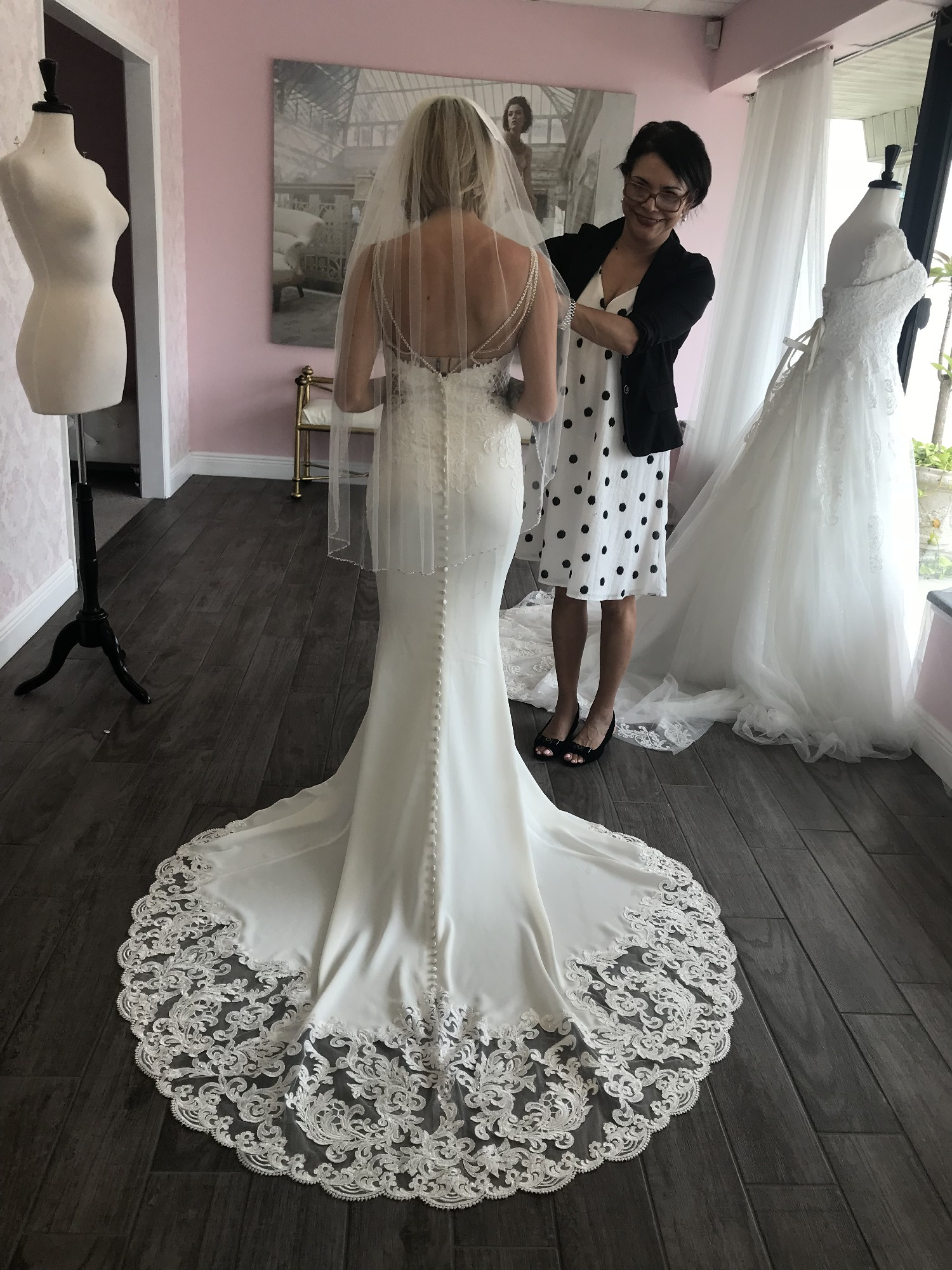 d0f9cd9ff4f Stella York 6586 New Wedding Dress on Sale 43% Off - Stillwhite Australia