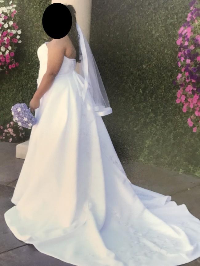 Emme Bridal