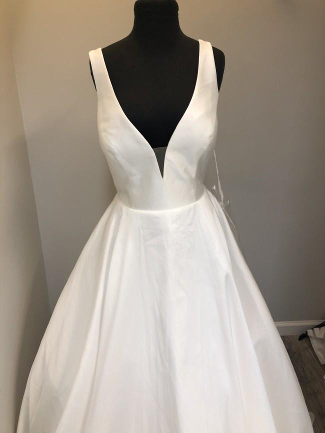 Allure Bridals 9813