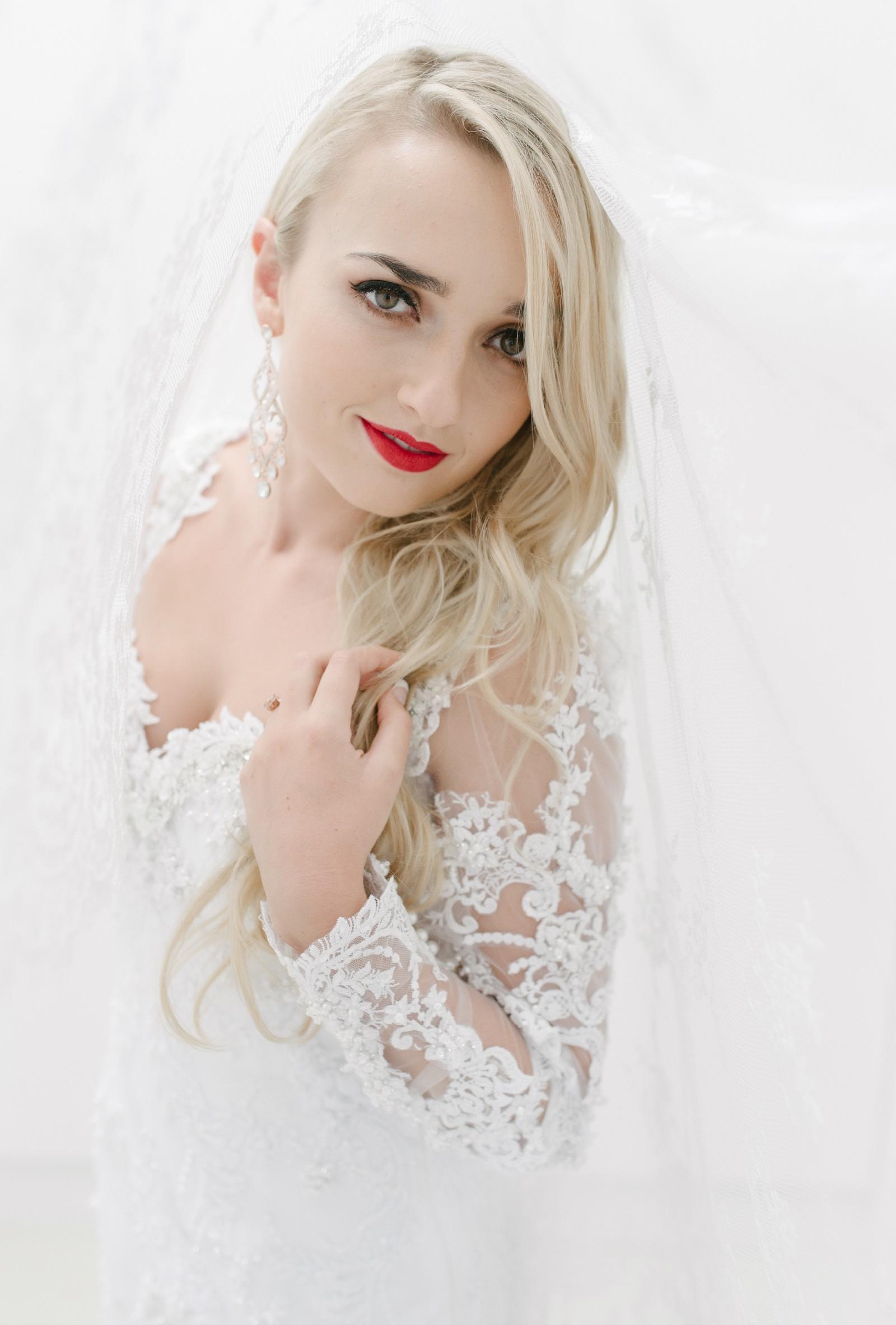 Christa B Used Wedding Dress Save 20   Stillwhite