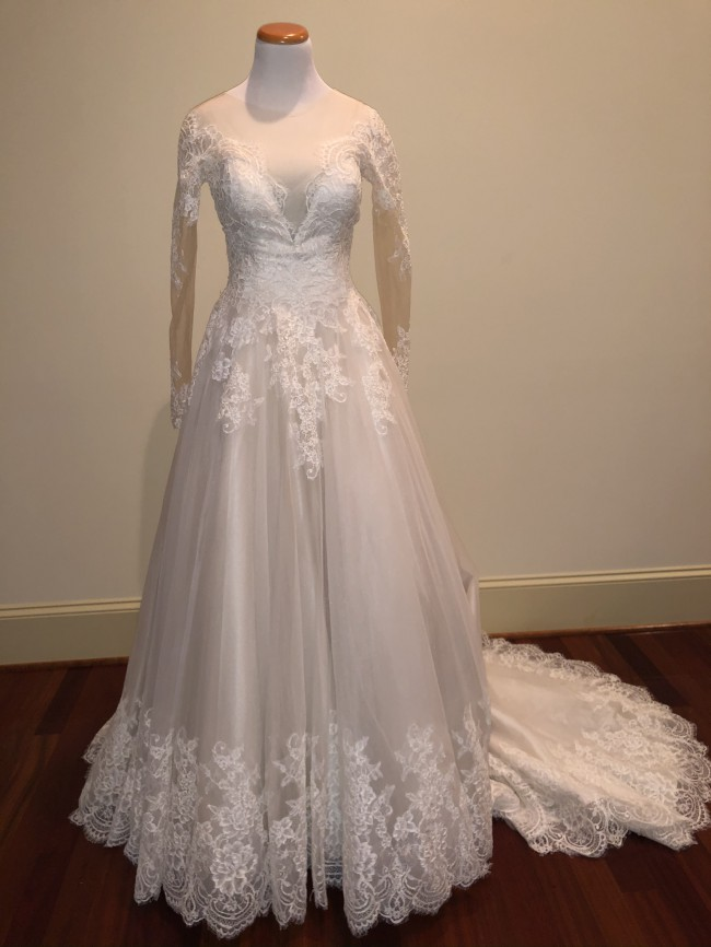 Allure Bridals, 9366