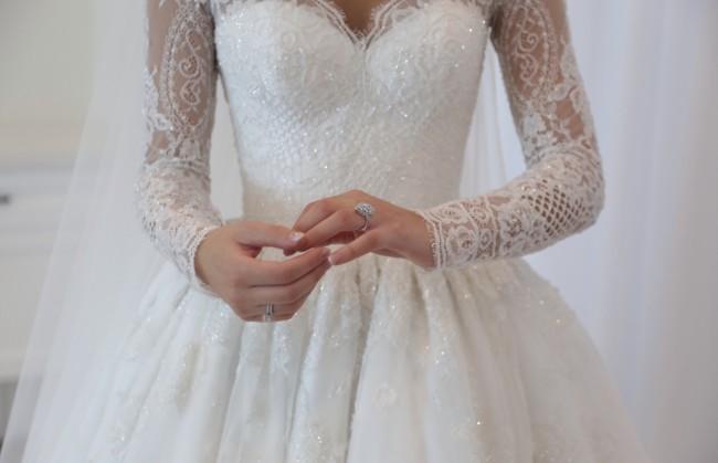 Zian Couture Long sleeve wedding dress