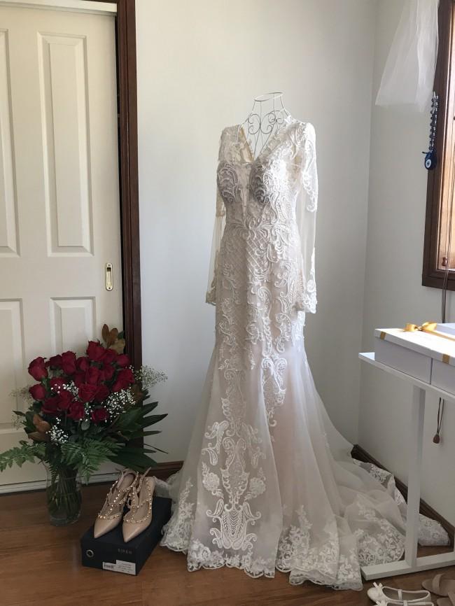 Em Bridal Boutique, Custom made