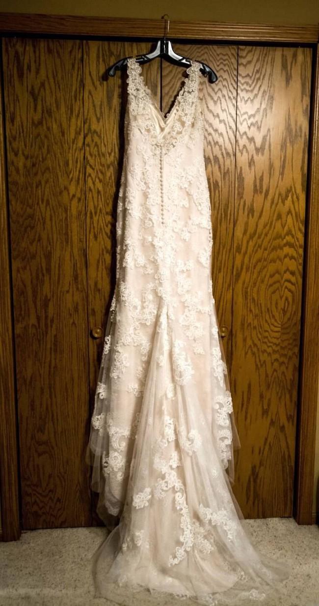 Casablanca Bridal Belladonna #2228