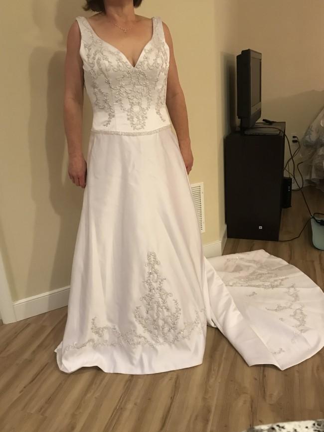 Emerald Bridal 6003