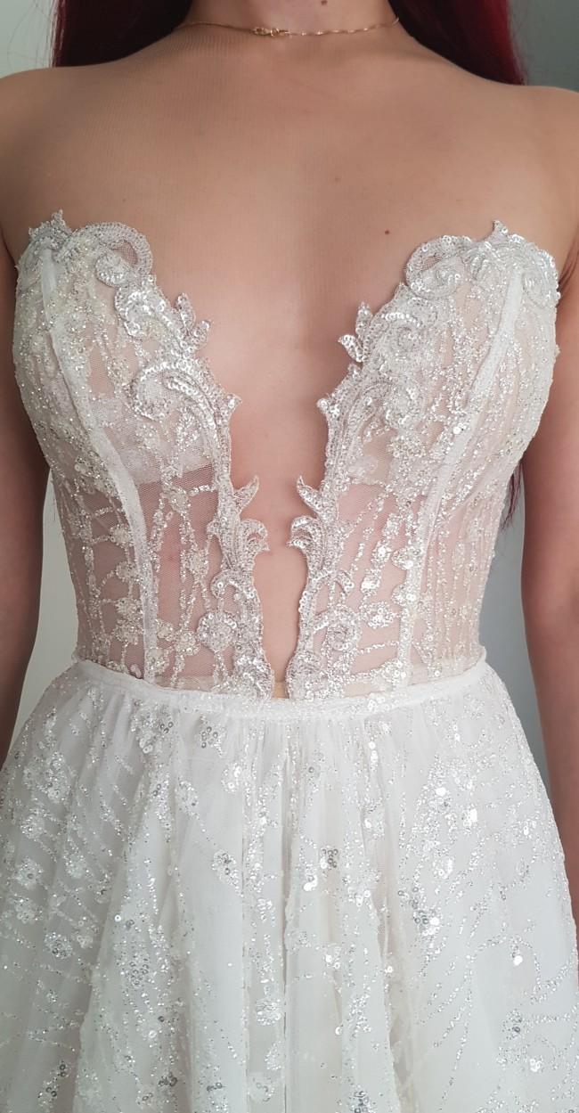 Berta, Berta Bridal Gown, Never Worn Limited Edition 16-0