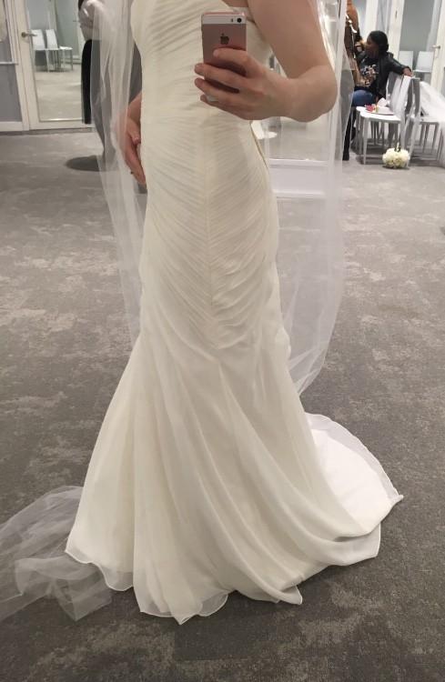 5216b4b51b83 David's Bridal V3540 New Wedding Dress on Sale 49% Off - Stillwhite