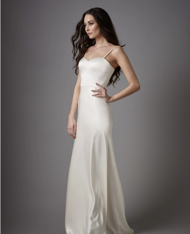 Catherine Deane, Gina Gown