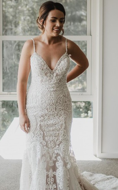 Allure Bridals Style 9452