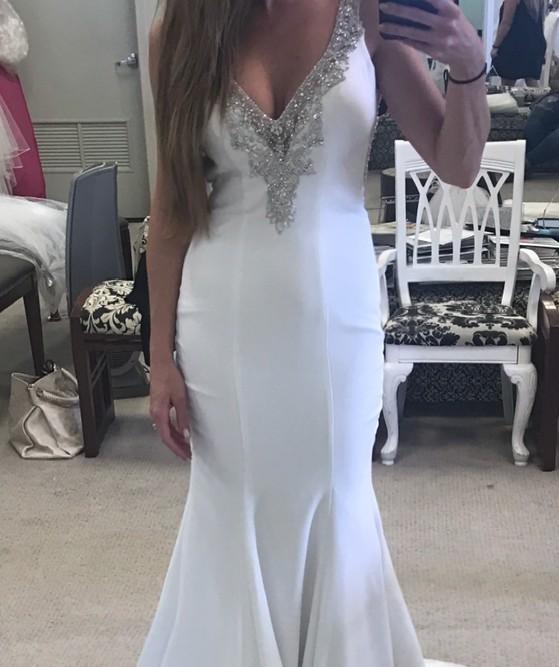 Allure Bridals 3013