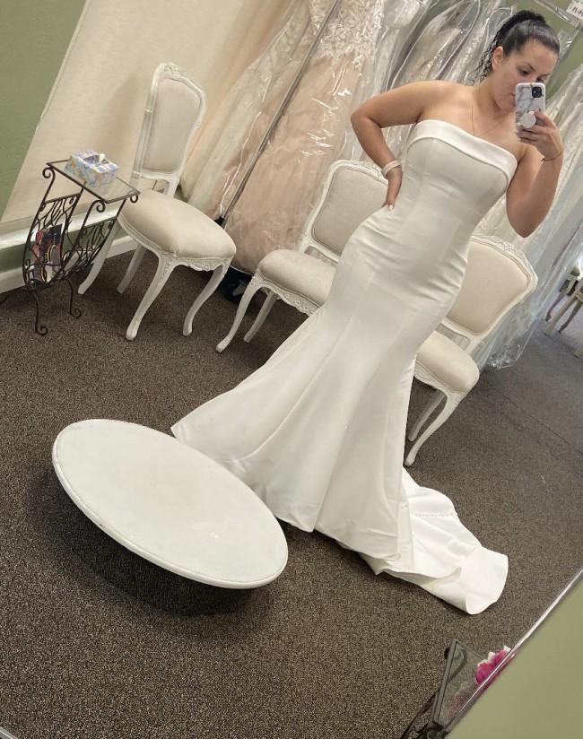 Allure Bridals, 9514