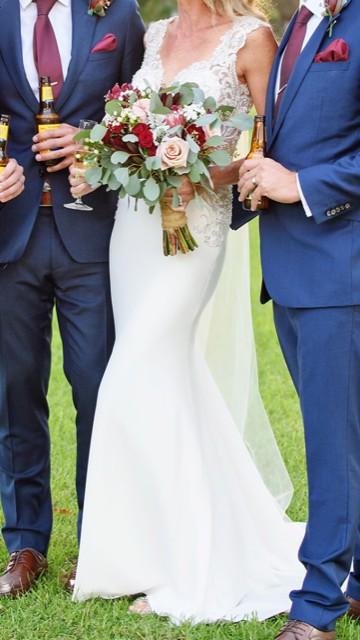 Allure Bridals, 9417