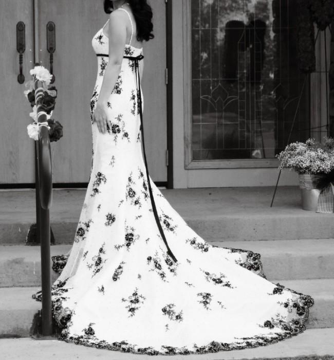 Venus Bridal 8496