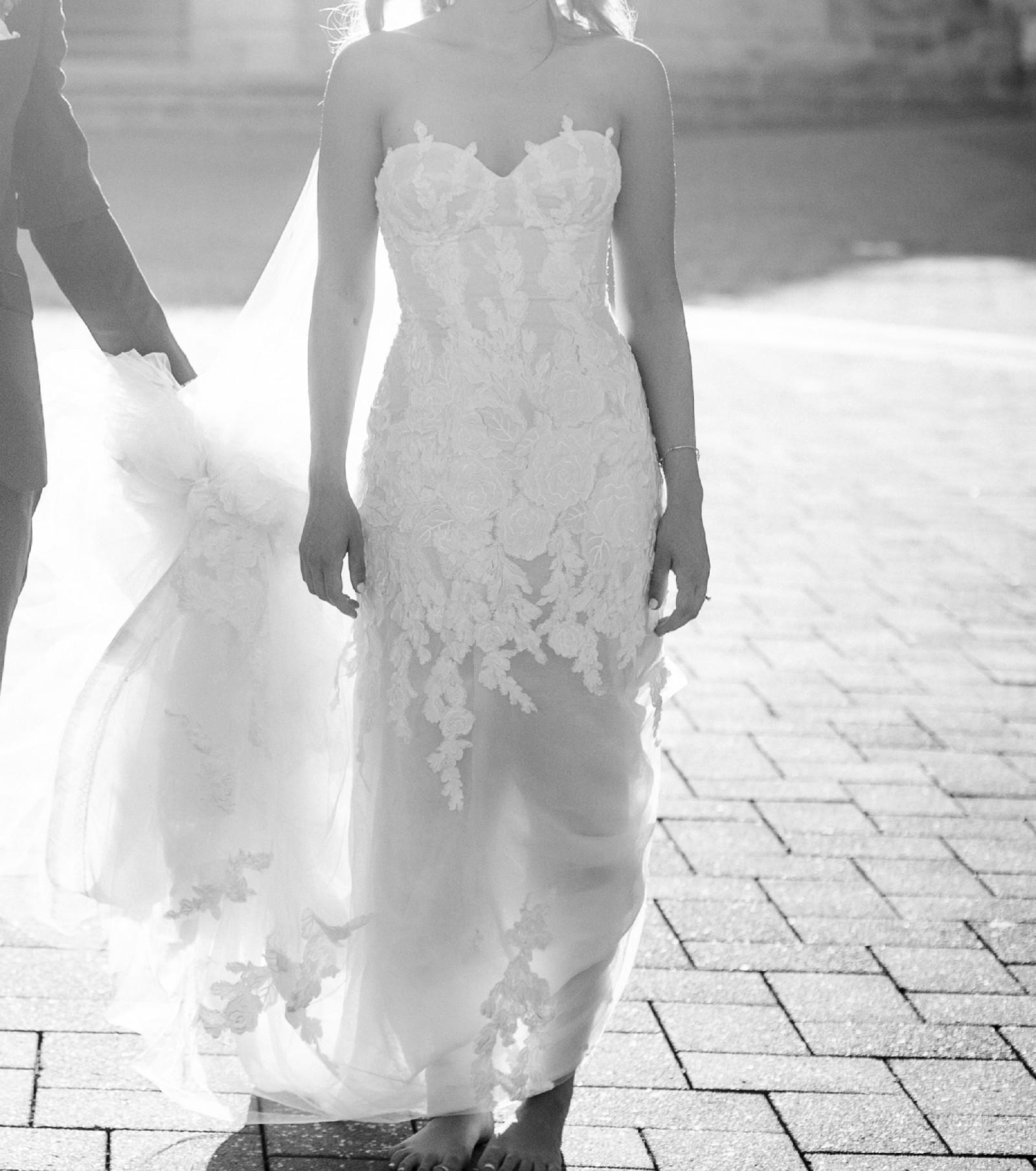 Second Hand Wedding Dresses: Donna Tobin Custom Made Second Hand Wedding Dress On Sale