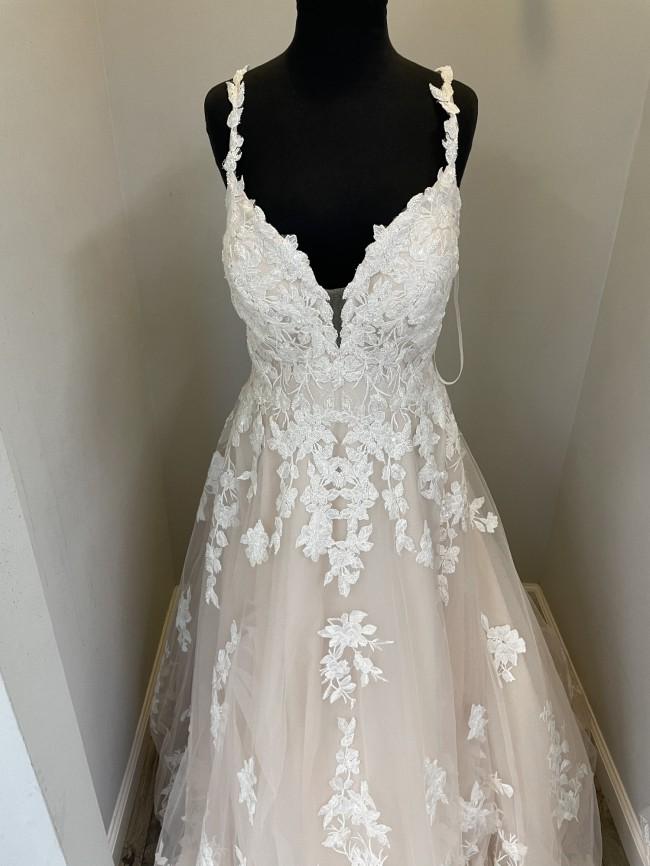 Allure Bridals 9811