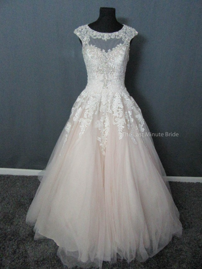 Allure Bridals, 9323