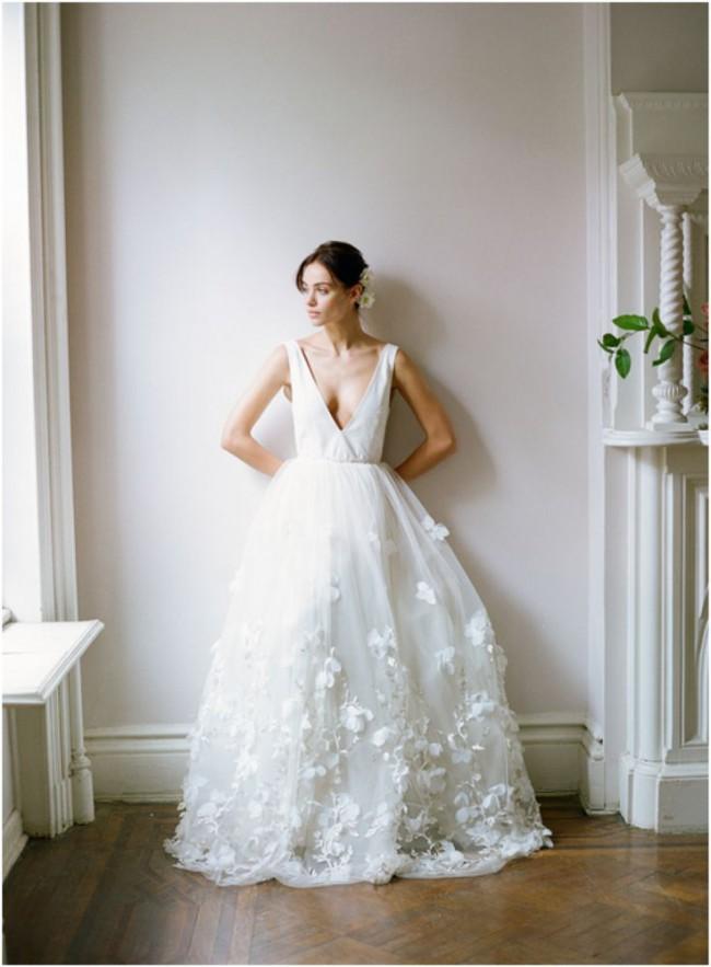 093abd070bf5 Alexandra Grecco Vivienne Sample Wedding Dress on Sale 41% Off ...