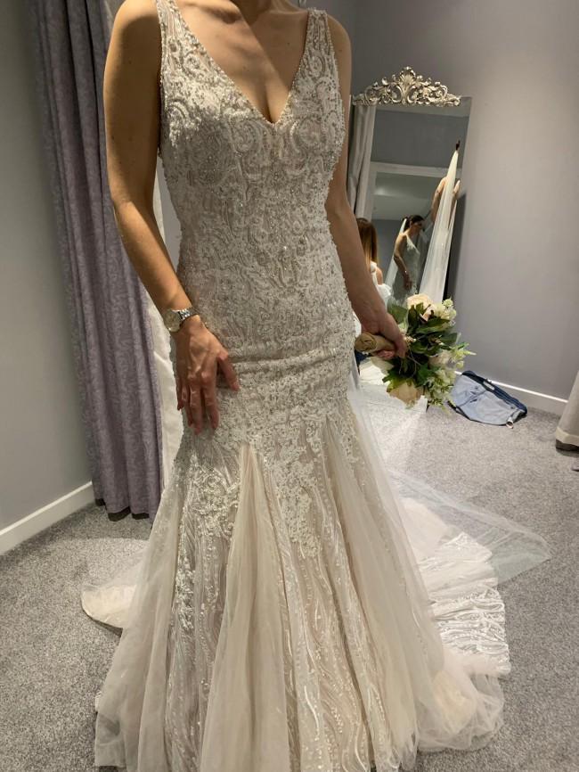 Allure Bridals, C415