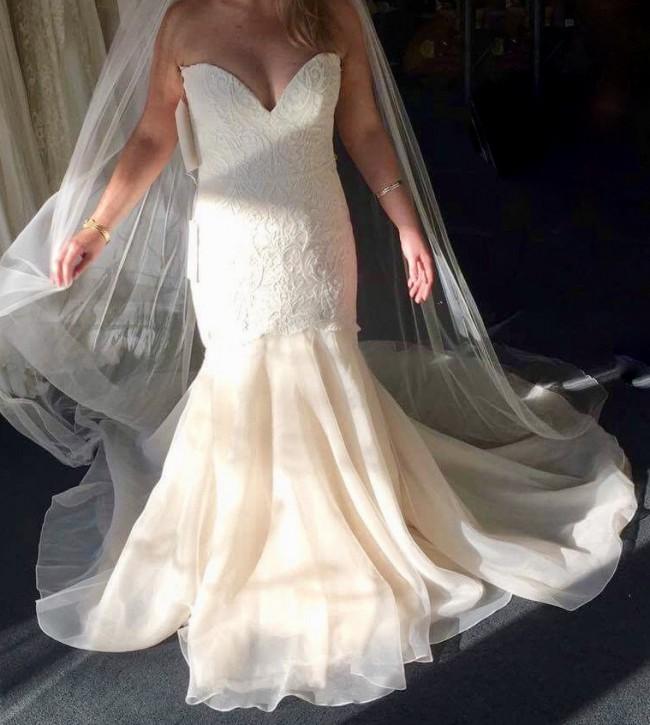 Karen Willis Holmes Tamara Gown