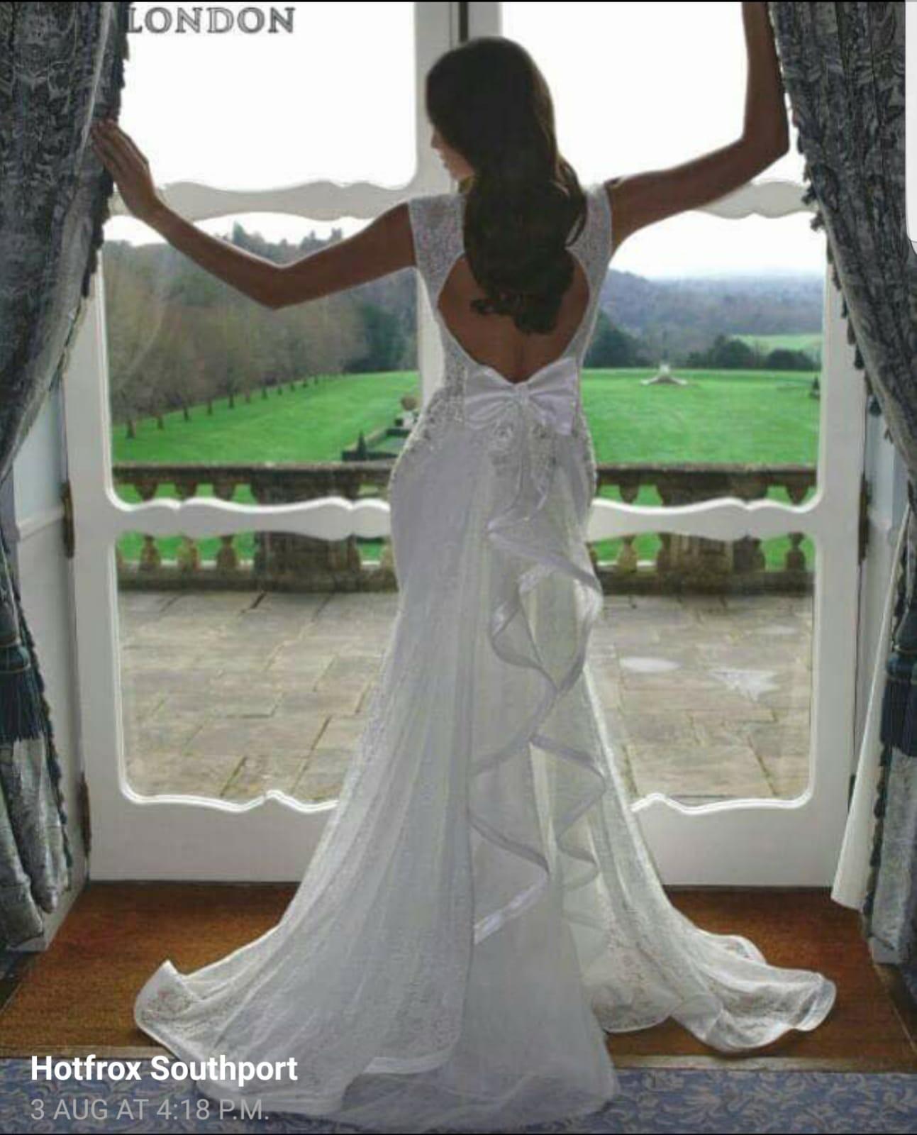 Pia Michi 0000131 New Wedding Dress On Sale 38% Off