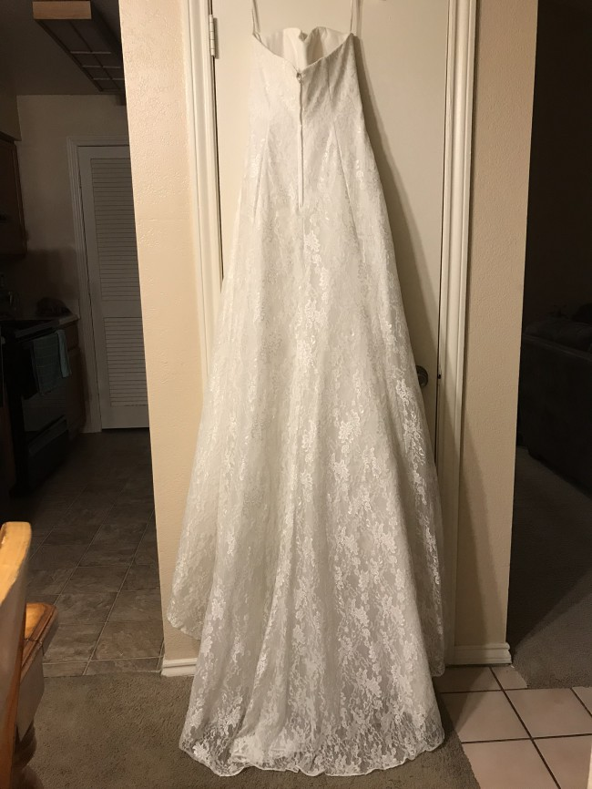 David's Bridal A-LINE STRAPLESS SWEETHEART NECK WEDDING DRESS 4XL