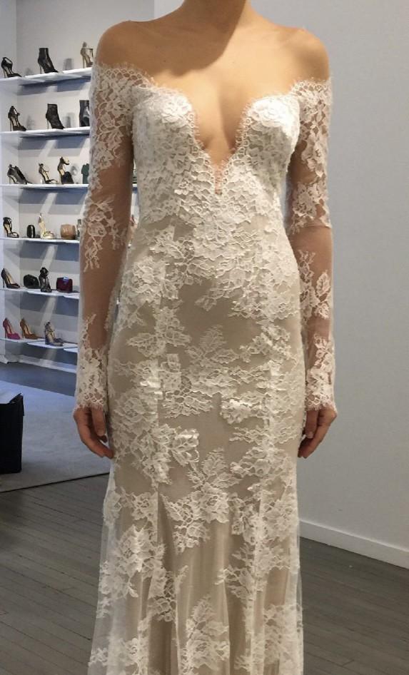 Monique Lhuillier May gown