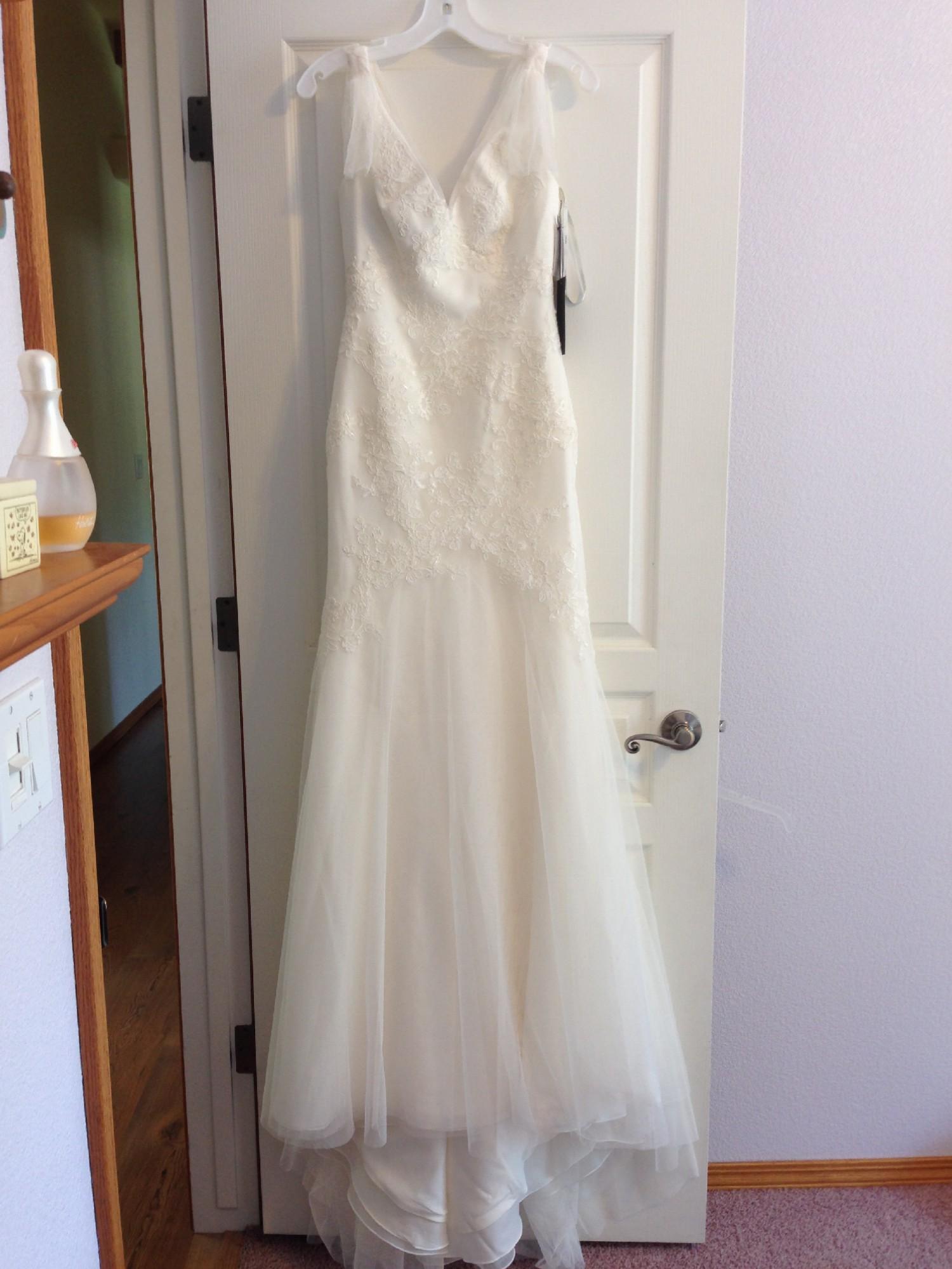 2c5fb7d51944 Vera Wang VW351021 New Wedding Dress on Sale 38% Off - Stillwhite United  Kingdom