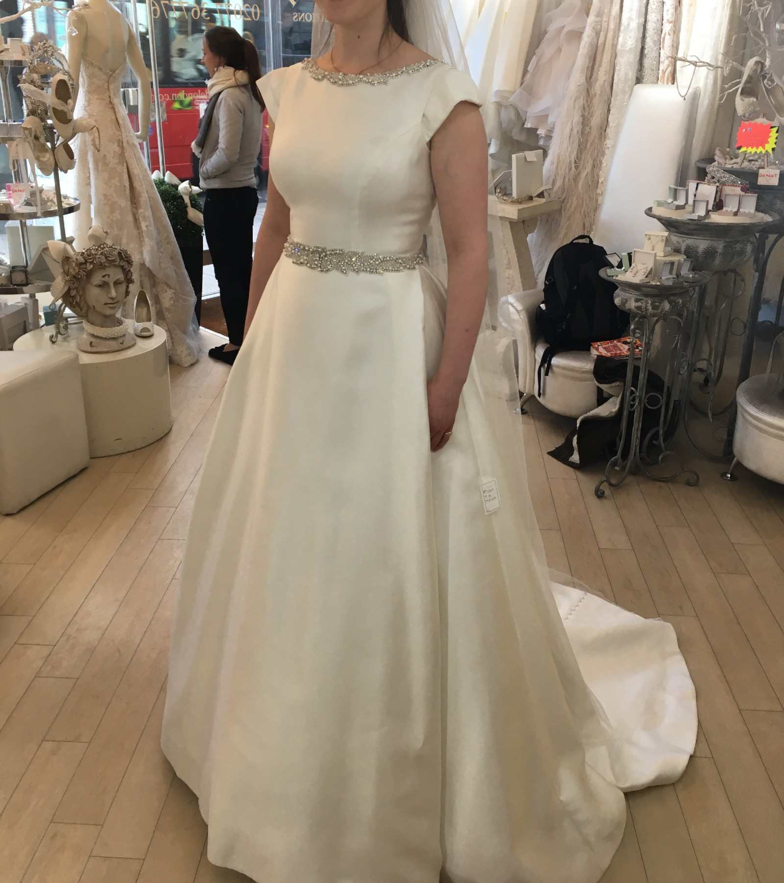 Ronald Joyce Jillian Second Hand Wedding Dress On Sale 70