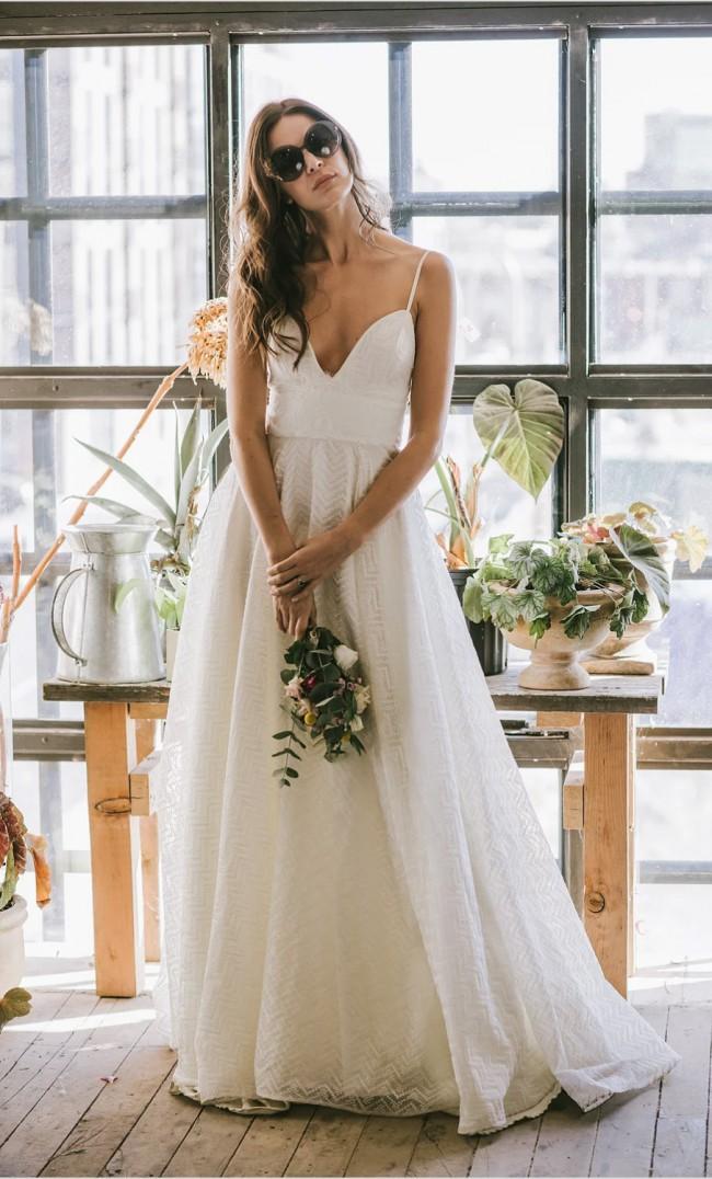 Loulette Bride, Casablanca Gown LBF17-17