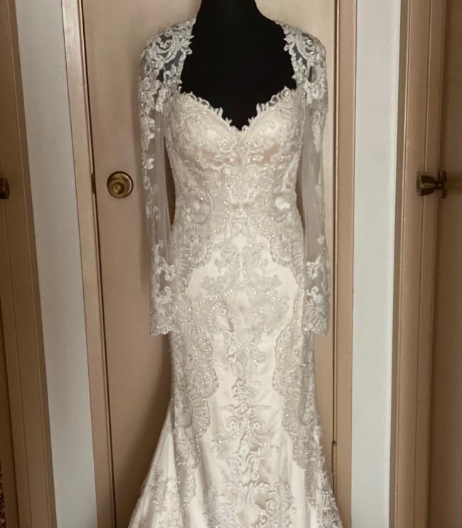 Casablanca Bridal 2232L