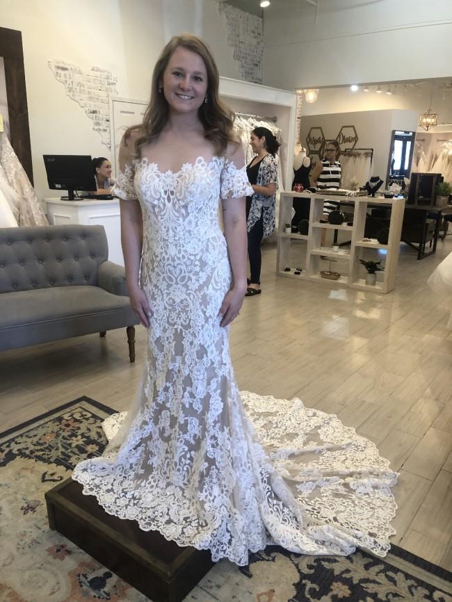 Allure Bridals, 9569