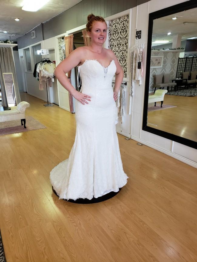 Allure Bridals, 9107