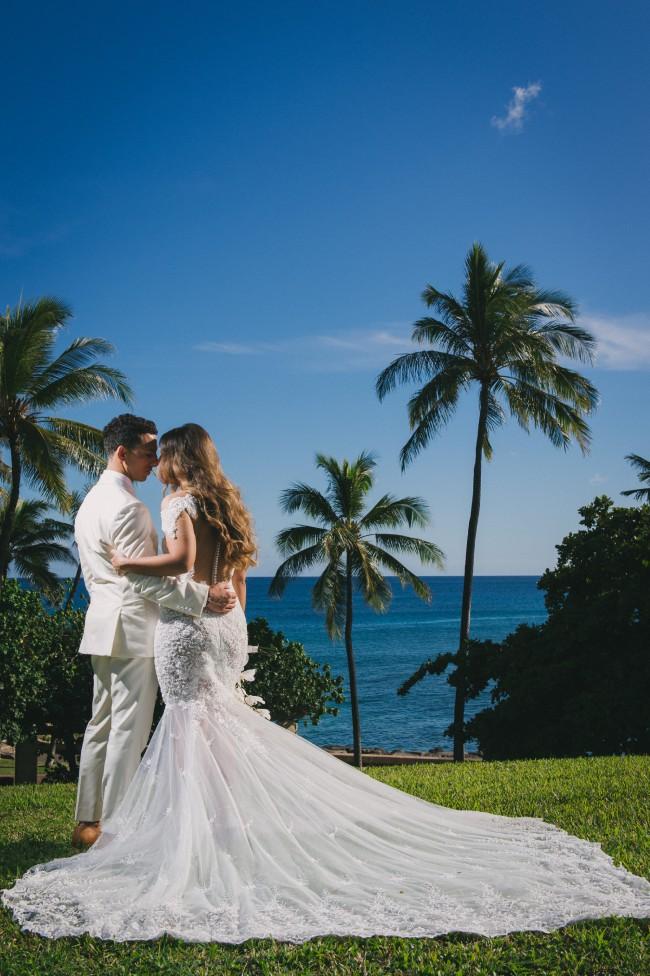 942e63c8a5f Nektaria Bugatti Used Wedding Dress on Sale 47% Off - Stillwhite Canada