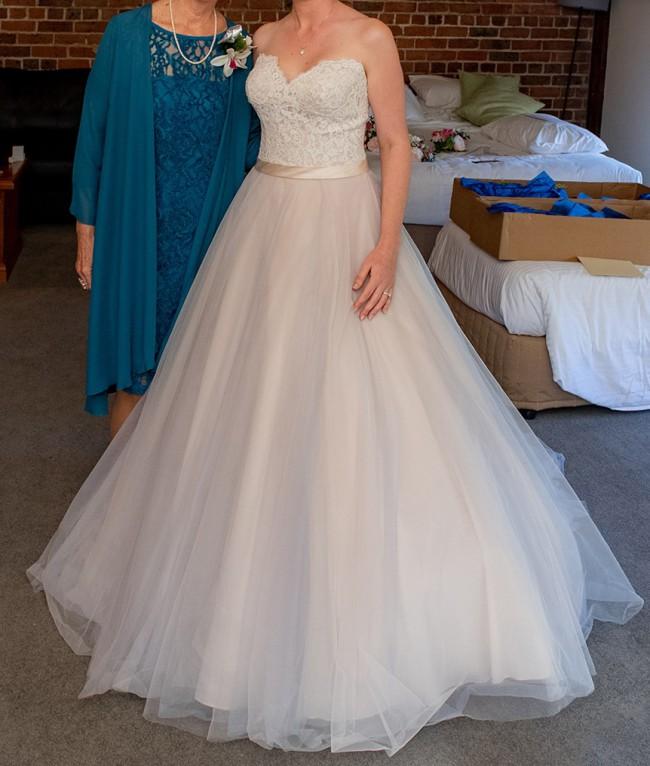 Allure Bridals 2853
