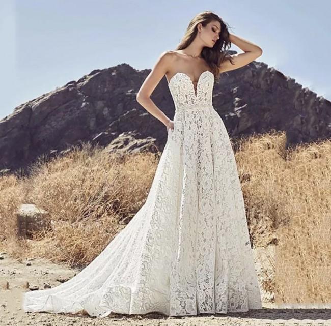 Custom Gown EA229
