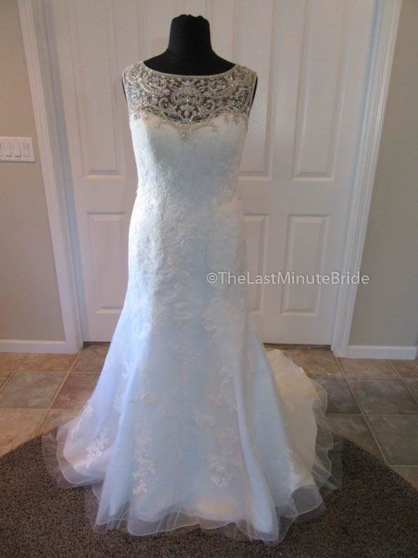 Casablanca Bridal 2217