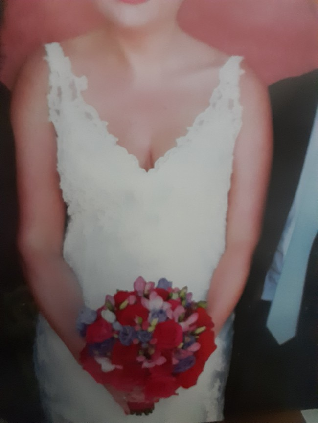 Allure Bridals 8856
