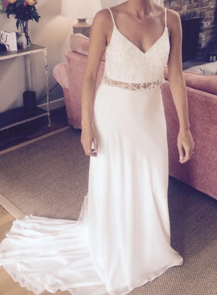 Maggie Sottero Griffyn 2 Piece Preloved Wedding Dress On Sale 60