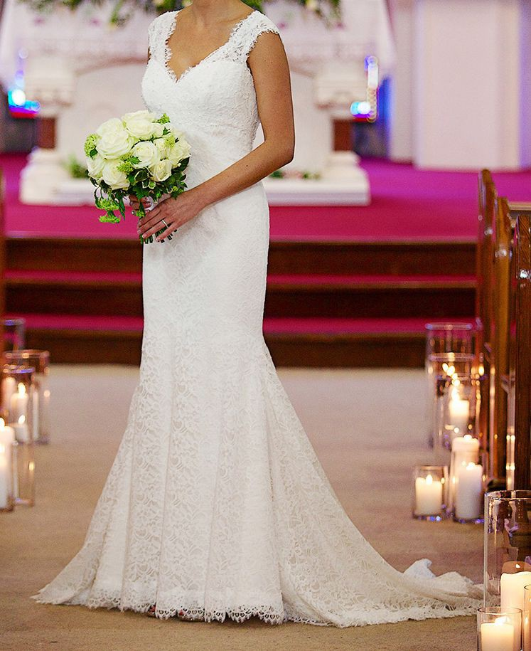 Mikaella 1864 Preowned Wedding Dress On Sale 80% Off