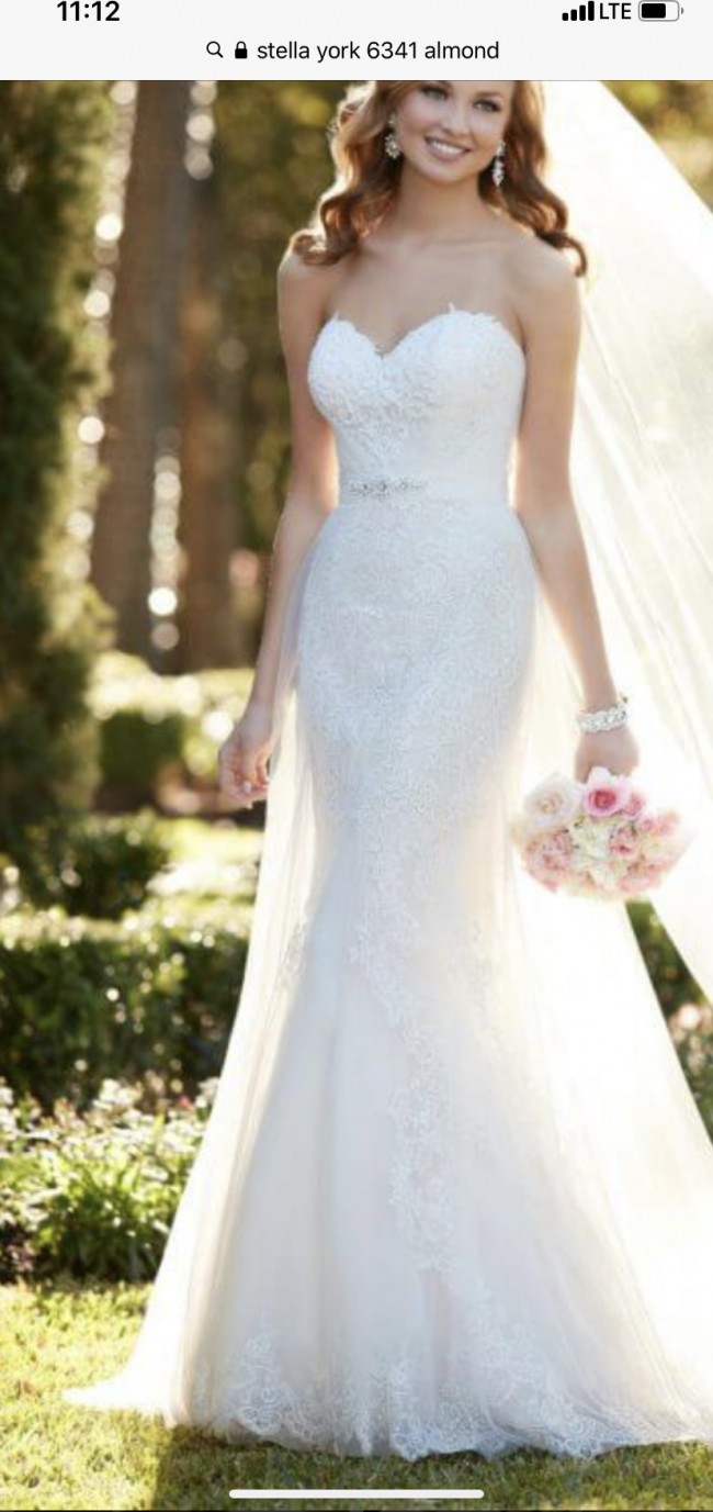 Stella York Sweetheart Lace & French Tulle