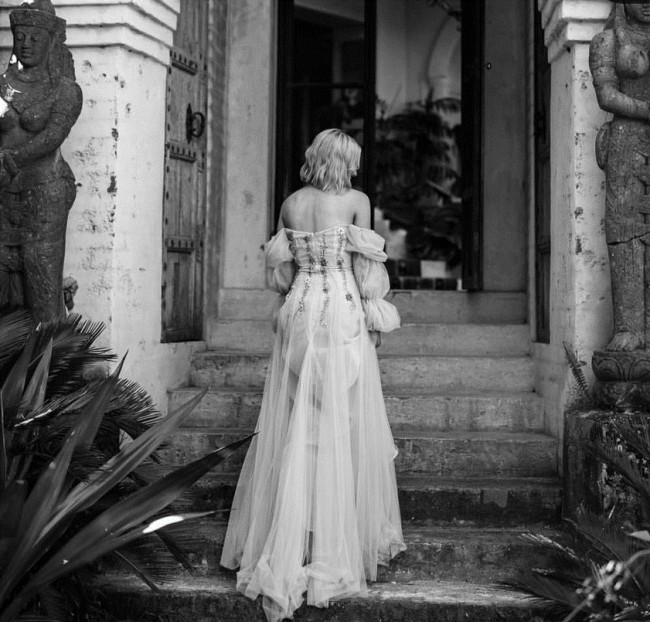 Rachel Gilbert, Roisin gown