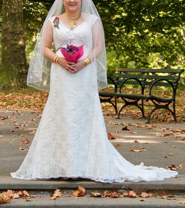 c2c926c9891 David s Bridal T9612 Used Wedding Dress on Sale 50% Off - Stillwhite ...