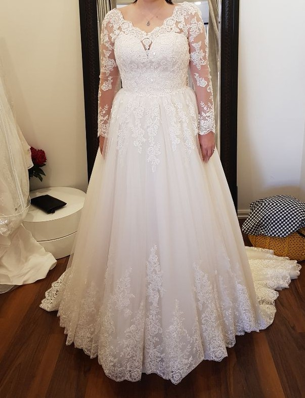 Bella E La Bestia Bridal, Roseville