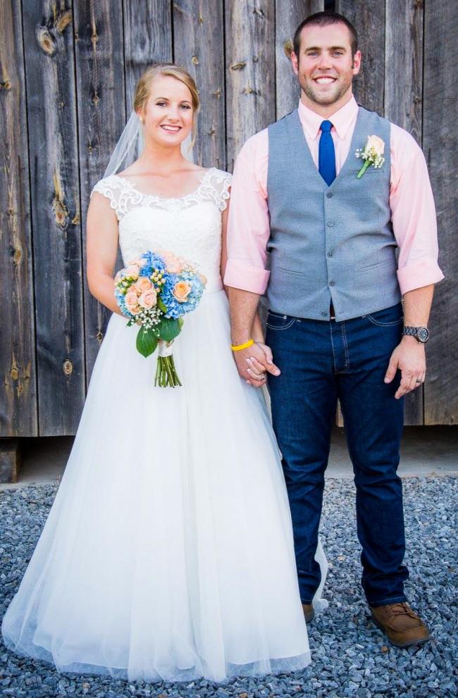 1e02fa2f957 David s Bridal Collection WG3741 Used Wedding Dress on Sale 64% Off ...