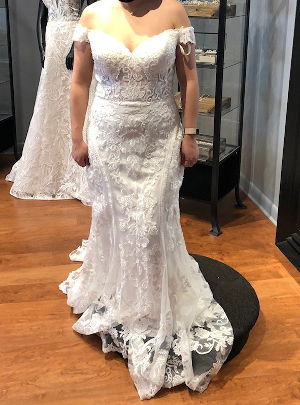Allure Bridals 9704