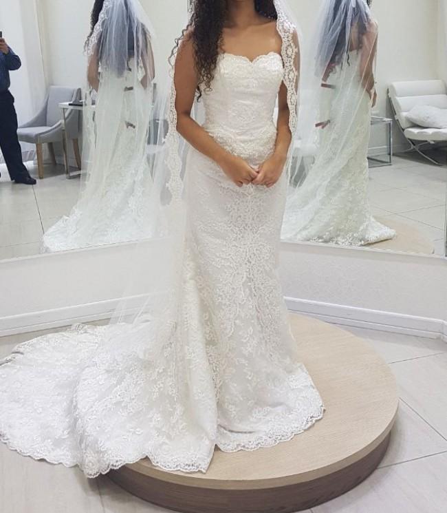 Symphony Bridal R7205 size 6, fits 4