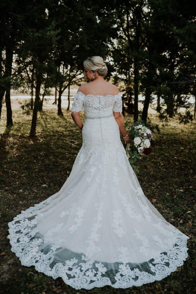 Allure Bridals 9368