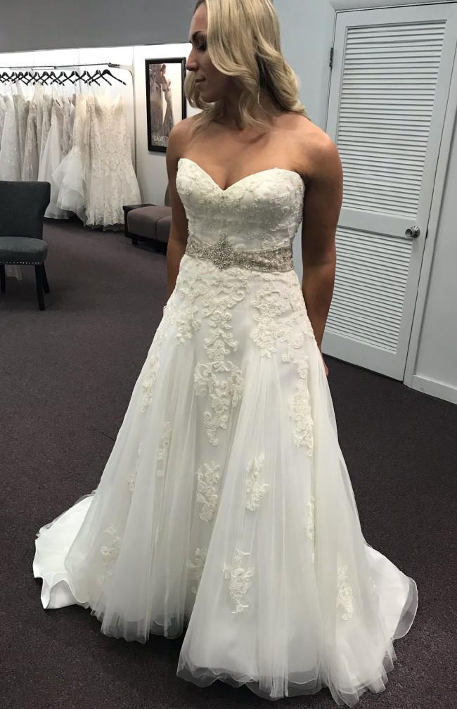 Casablanca Bridal 2053