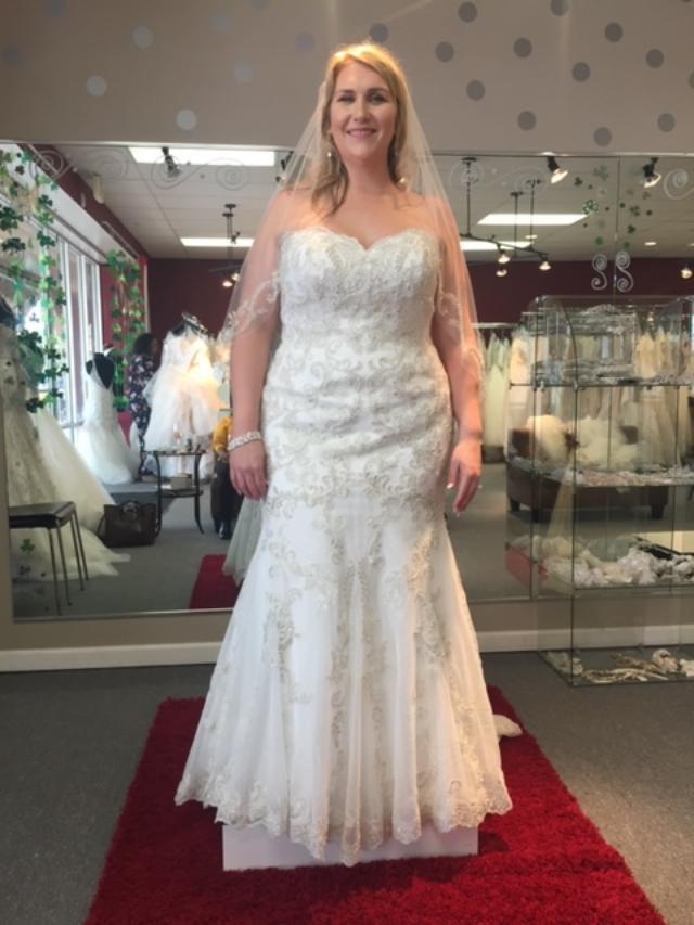 Casablanca Bridal Dakota 2298